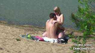 Geiler Sex am Strand – heimlich gefilmt